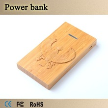 Polymer bamboo customized logo 6000mAh mobile phone battery charger