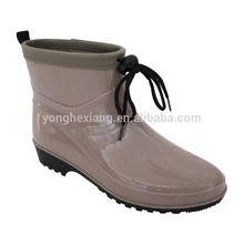 Mature camo pvc rain boots for ladies