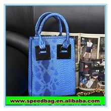 YIWU The new crocodile grain laptop bag pu shoulder bag women handbag zipper bag FW15425 790g