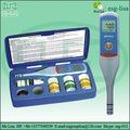 la pluma tipo ph y medidor de conductividad