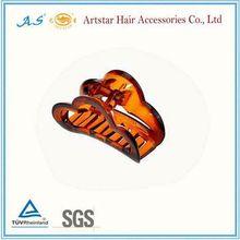 bear claw hair clip