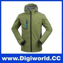Men Jacket Outdoor Sportswear Softshell Hoodie Waterproof Winter Jacket for Men