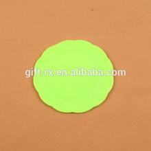 small flower shape plastic plate for kids