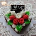 الاصطناعي delicious1/ 12 مقياس دمية مصغرة الزهور المختلفة تصميم كعكة عيد ميلاد الشوكولاته