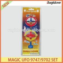 Flashing music magic UFO 9747/9702 set plastic spinning top