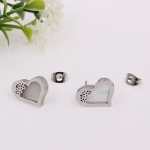 Europe and America Jewelry Fashion Christmas Gift Heart Shaped Stainless Steel Stud Earrings
