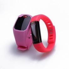 top grade silicone gps bracelet personal tracker