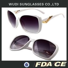 classic Flight square shaped plastic cheap custom sunglasses logo