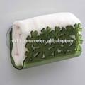 Parede do banheiro- montado suporte de toalha