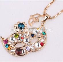Fashion Jewelry Mask Shaped Colorful Diamond Pendant Necklace