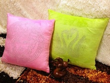 2014 Newest Hot Sale Promotional Luxury Polyester Cushion with Strass 40x40cm 50x50cm