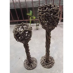 Exclusive tall woven planter pot in shape of goblet for decor
