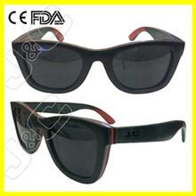 New style 2015 fashion wood wayfarer sunglasses with sunglasses display rack