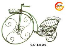 Super cool bike baskets for living room decoration