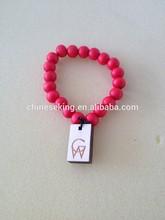 elastic wood bead bracelet with custom pendants wood beaded bracelet promotional wood bracelet with company logo