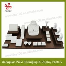 Fake designer magnetic jewelry display set