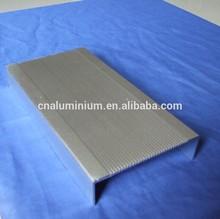 high quality aluminium U shape /type/corner profille