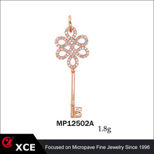 rose gold plating fashion lock and key pendant