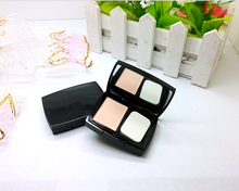 Single Cake Sweet design Silky Pressed Powder With a Puff