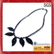 Carved round customize logo pendant necklace gem