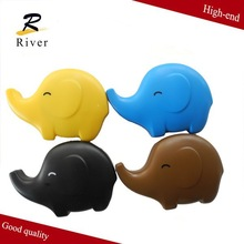 China wholesale cartoon contact lens cleaning case