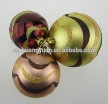 Promational Fashion plastic hand painting Christmas ornament