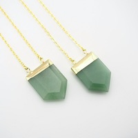 NCPS0587 Aventurine Pentagon Crystal Point Necklace With Gold Or Silver Electoplated Cap