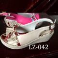abbastanza bianco e rosso colori foto di sandalo tacco alto per le ragazze