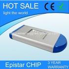Aluminum Alloy Lamp Body Material and IP65 IP Rating 30w solar street light