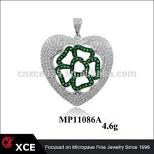 beauty four leaf clover pendant
