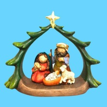 Popular Cheap Resin Family Figure Wholesale Chirsmas Ornament