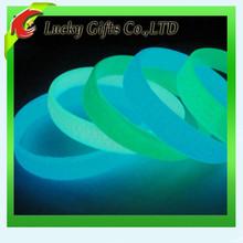Silicone fluorescent bracelet luminous silicone bracelet glow in the dark