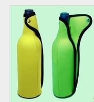 Single bottle neoprene wine bottle cooler with handle