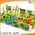 alegría de atracciones juego suave de los fabricantes en china equipo del patio interior
