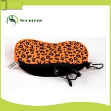 pantone color number glasses case
