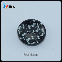 new design laser engraved leaves resin buttons from factory