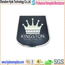 engrave cheap decorative printing crown custom tin badges