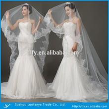 One-layer 3 Meter Long Flower Hemline Tulle White Wedding Veils