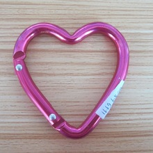 Heart shaped red carabiner with high quality for whole sale with items in stock