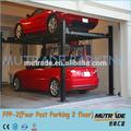 Fpp-2 quatro colunas do carro na garagem de estacionamento motorhome usado