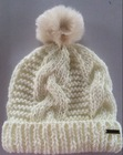 Custom Brand Quality Cable Knitting Women's Winter Hats With Removable Fur Pompom