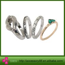 New Desig fashion gold Plated Alloy Ring Set(lip Pattern+heart Pattern)