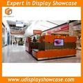 De gama alta de la ceja quiosco de cosméticos estación de pantalla en el centro comercial