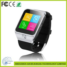 New design fashion low price new model watch mobile phone
