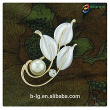 2015 Bailange wholesale fancy rhinestone brooch cute flower shape design brooch pin jewelry fashion brooches