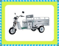 Prominent 3 wheel motorcycle with covered cabin