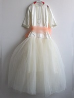 White flower girl dress with long sleeve made in china