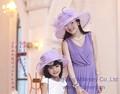 Roxo e branco mulheres chapéu crianças terno