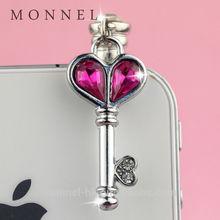 ip539-2 Monnel New Design Hot Pink Heart Love Key Design Anti Dust Plug Cover Stopper Charm