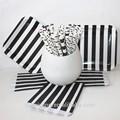 preto e branco modelado louça com tamanho customed